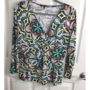 Cable & Guage Lively Print Top Size XL
